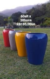 Título do anúncio: Vasos de CIMENTO COM PINTURA AUTOMOTIVA