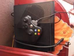 Troco esse Xbox 360 em computador