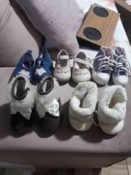 Lote bebe menina  sapatinhos veste de 0 a 3 meses