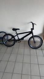 Bike BMX Cross, chegou com 500 leva