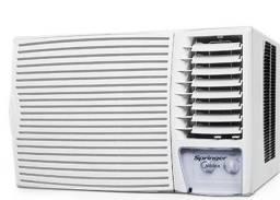 Título do anúncio: Ar condicionado de janela USADO 12.000 btu