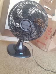 Título do anúncio: Vendo ventilador pra levar agora
