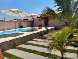Casa com  piscina em Itaipuaçú 150 reais