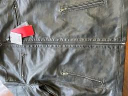 Título do anúncio: Jaqueta em couro nova