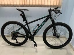 Bike aro 29 tamanho M (17) 10 velocidades suspensão c/trava