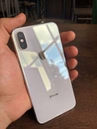 Título do anúncio: IPhone XS 64Gb prata/ branco