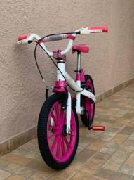 Bicicleta infantil em ótimo estado