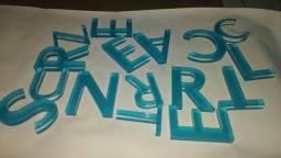 Placa em acrílico com letras em relevo - placa de recepção