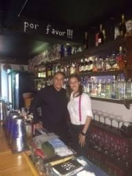 Profissional Barman e Garçom Freelancer a Disposição para Eventos.