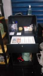 Balcão expositor com caixa individual