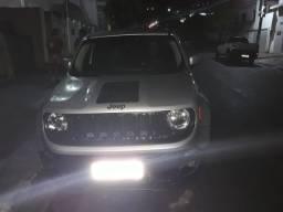 Jeep muito novo alienado  chama no zap *