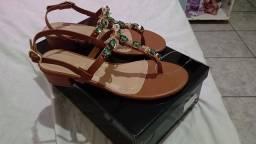 Vendo sandália tamanho 36