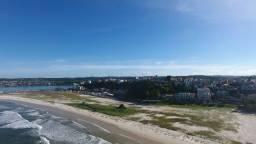Apartamento de 03 Quartos com vista de 180° para o mar