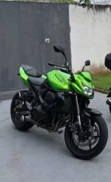 Kawasaki z750 com apenas 15 mil km