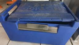 Título do anúncio: caixa isotermica hot box 100 litros