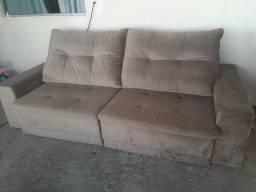 Sofá retrátil e reclinável bem conservado