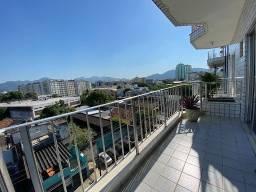 Título do anúncio: Apartamento amplo à venda - Taquara / R$290.000,00
