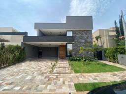 Título do anúncio: Casa de condomínio para venda tem 260 metros quadrados com 3 quartos