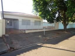 Casa para alugar com 3 dormitórios em Parque das grevileas 3a parte, Maringa cod:01182.001