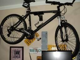 Bicicleta MTB Alumínio 26 Mec. Shimano