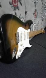 Guitarra stratocaster classic vibe