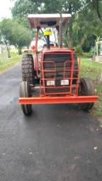 Tractor com rosadeira