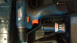 PARAFUSADEIRA furadeira Bosch duas baterias