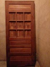 Porta de jatobá