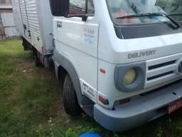 Caminhão bau ,48 mil - 2008