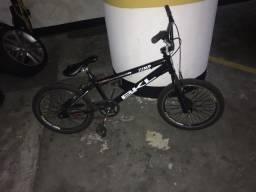 Bicicleta bmx importada bkl