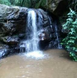 Alugo sítio a 10km de Paraju