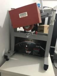 Máquina de estampar brindes da marca Sertha Brindes