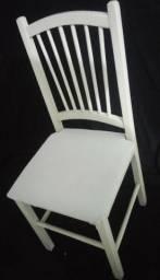 Cadeiras Brancas de Madeira Estofadas Aproveite a Promoção