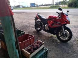 Vendo ou troco gsx650f - 2011