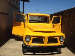 Ford F 75 Amarela