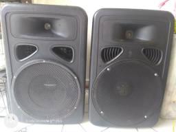 Vendo par de Caixa 650 watts RMS as duas