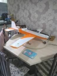 Aeromodelo tucano eletrico 1,30 de envergadura completo