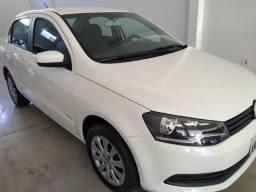 VW Voyage iTrend 1.0 G6 2013 novo! placa A