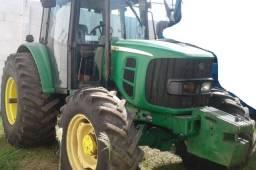 Trator John Deere 6110J 2012