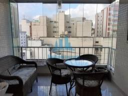 Excelente apartamento com varanda em Icaraí