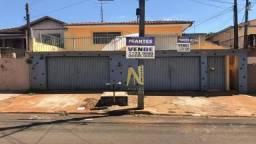 Casa com 4 dormitórios à venda, 235 m² por R$ 330.000,00 - Shangri-La - Londrina/PR