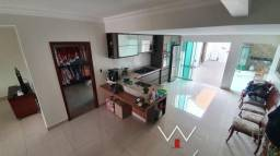 Casa sobrado com 4 quartos - Bairro Jardim América em Goiânia