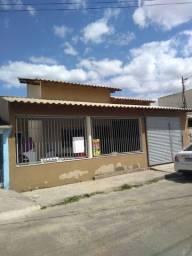 Vendo casa com 3 quartos no bairro Linhares 5, próximo ao novo casa grande