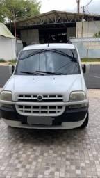 Carro Fiat Doblò 2008