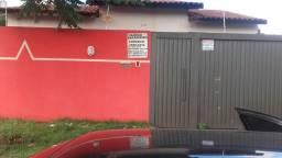 Vendo casa barata no  entre o parque 2 e bairro São Brás em dourados ms