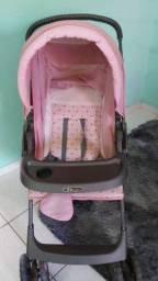 Carrinho de bebê Semi novo