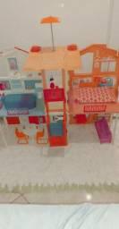 Vende-se casinha da Barbie