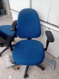 Cadeira Presidente Ergonomica MARELLI