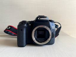 Camera canon 70D lente 18-135mm