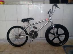 (Vendo Bicicleta Aro 20)